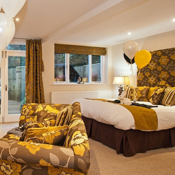Edelweiss Suite and Hot Tub, Windermere Spa Suite, Bed and Breakfast in Windermere
