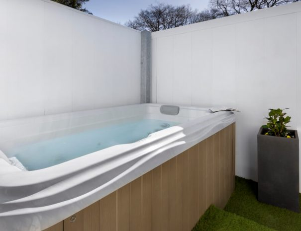 Acacia Suite & Hot Tub Luxury Bed and Breakfast in Bowness on Windermere, Windermere Spa Suites with Hot Tub